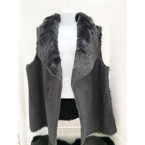 Ann Taylor Loft Vest / Faux Fur NWT
